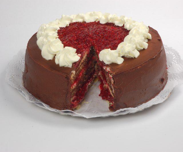 Torta Panqueque Frutillar